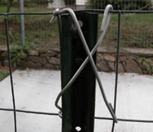 welded wire dog fence. Unchain Your Dog.org | Buid Mesh, Chicken Wire Fence For Dogs With Wood And  Metal Posts Welded Wire Dog Fence